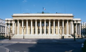 bourse-paris-illustration-internet-mytravelphotos_859975_500x302p